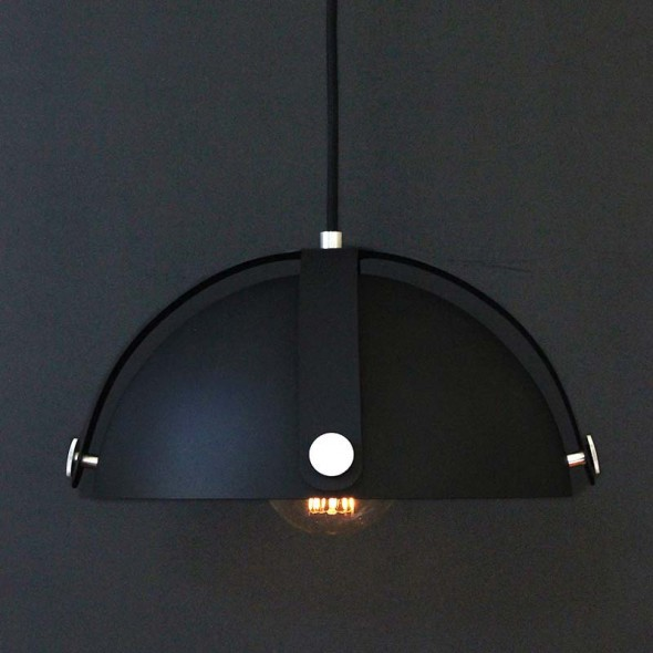 The Arbor Pendant Black