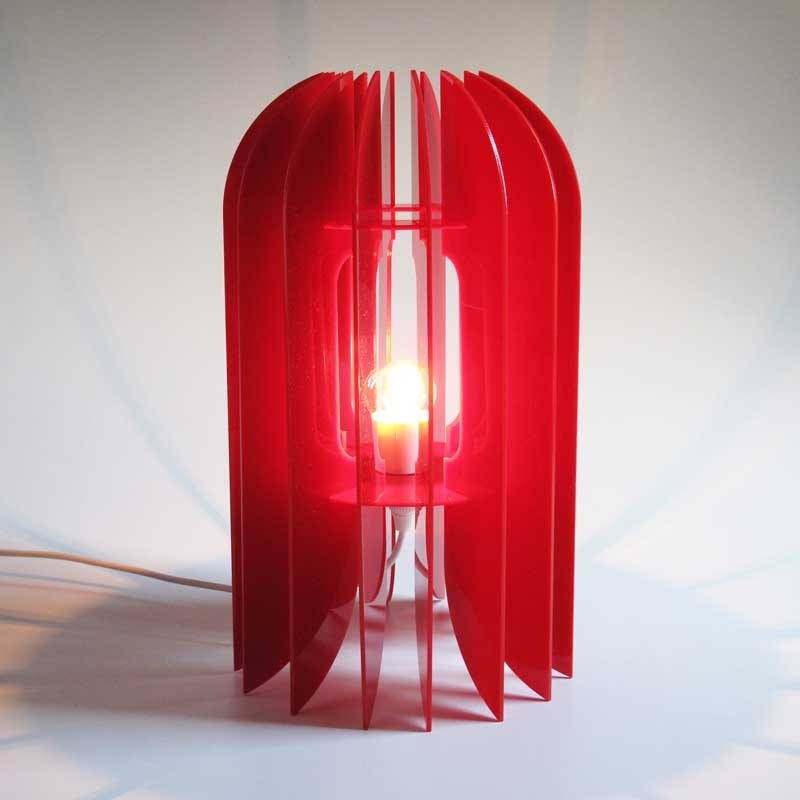 Kea Lamp Red Acrylic : roncrummerkealampacrylicredfr2 from www.thecleverdesignstore.com size 800 x 800 jpeg 48kB