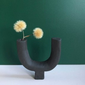 Upside Down Twiglet Vase in use