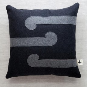 'E toru nga koru' Trade Cushion