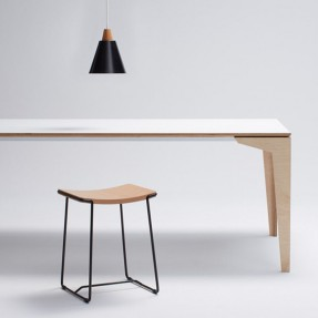 Floating Dining Table & Wrap Stool & Tri-Ampel Pendant