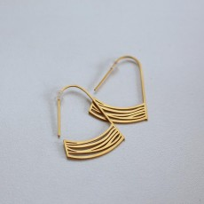 Stream Earring - Gold