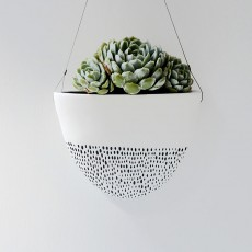 Hanging Planter White/Black Dashes